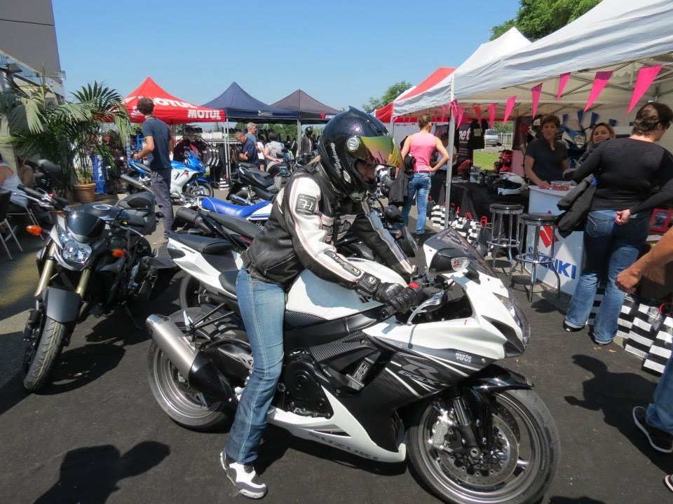 moto rabaisse essai moto fille bielette