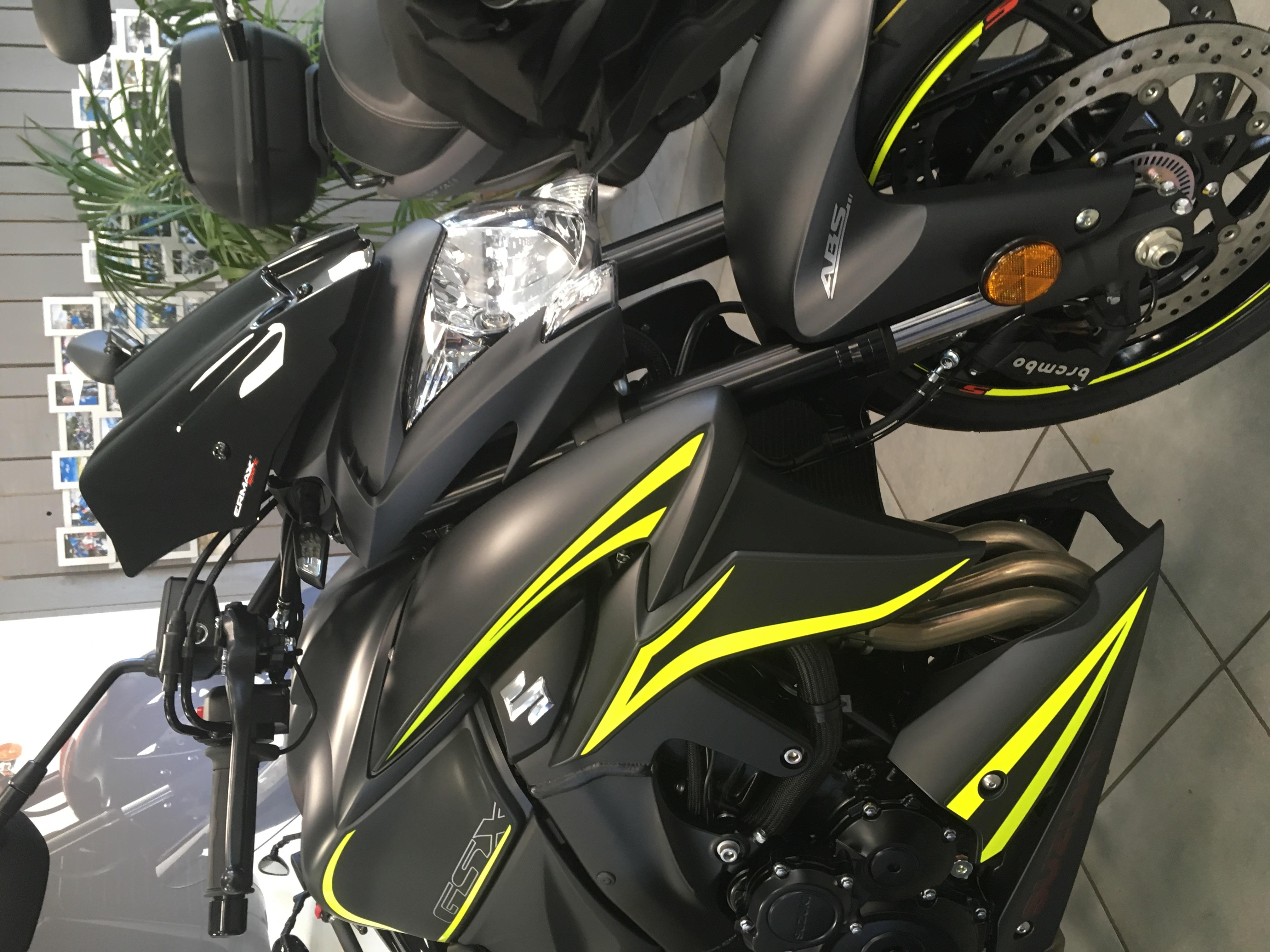 moto gsxs 1000 2018 noir jaune lyon. Black Bedroom Furniture Sets. Home Design Ideas